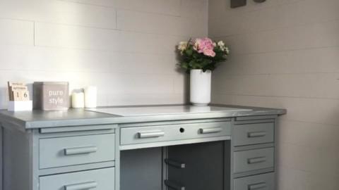 Comment transformer un vieux bureau en jolie pièce vintage ?